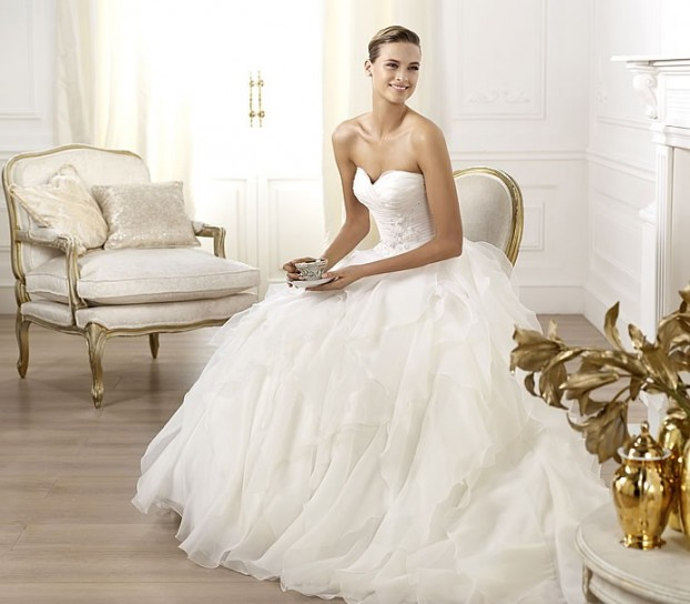 abito-da-sposa-pronovias-modello-lastel