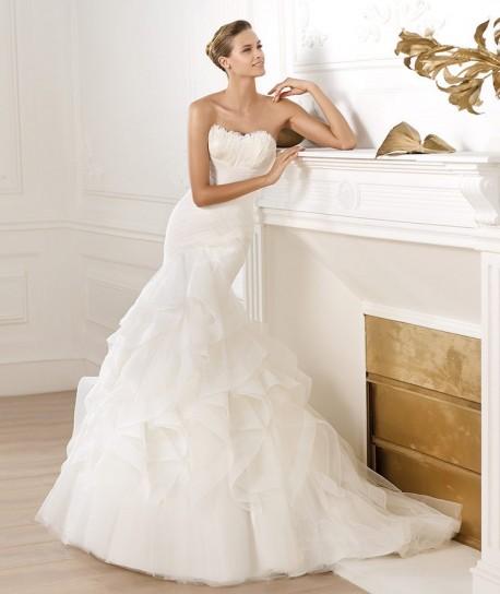 abito-da-sposa-pronovias-modello-ledurne