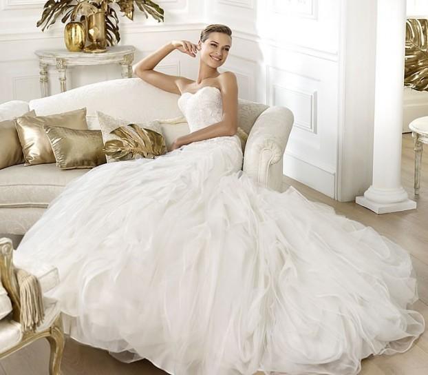 abito-da-sposa-pronovias-modello-leire