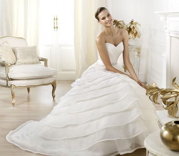 vestito-da-sposa-pronovias-2014-modello-lasei