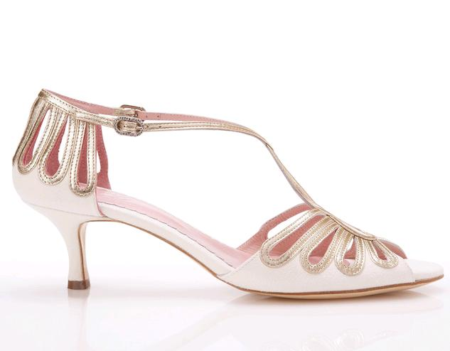 Emmy-Shoes-scarpe-sposa-2014-modello-Leila-Silver-or-Gold-or-Kitten1