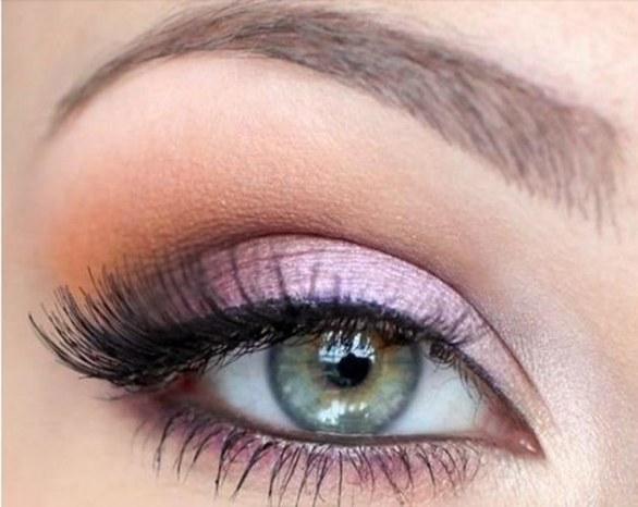 trucco-occhi-verdi-lilla
