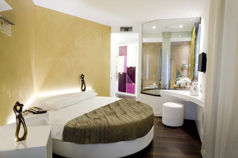 Mille e una notte foto for Camere albergo design