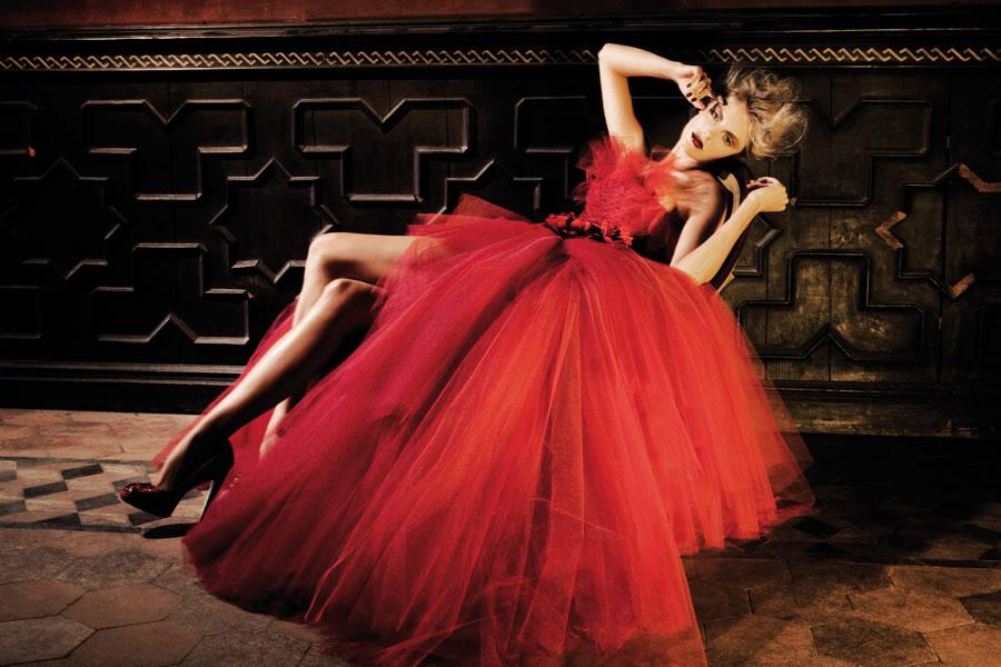 Abiti da sposa rossi per chi ama il colore  FOTO  85099895099