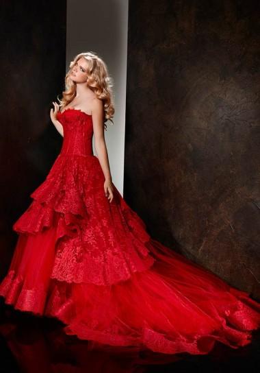 abito-da-sposa-rosso-alessandro-couture-2013-balze-sulla-gonna