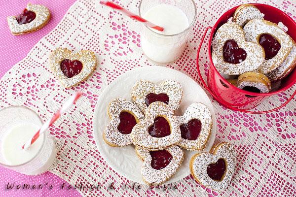 021312healthy-valentines-cookies-600x400....................